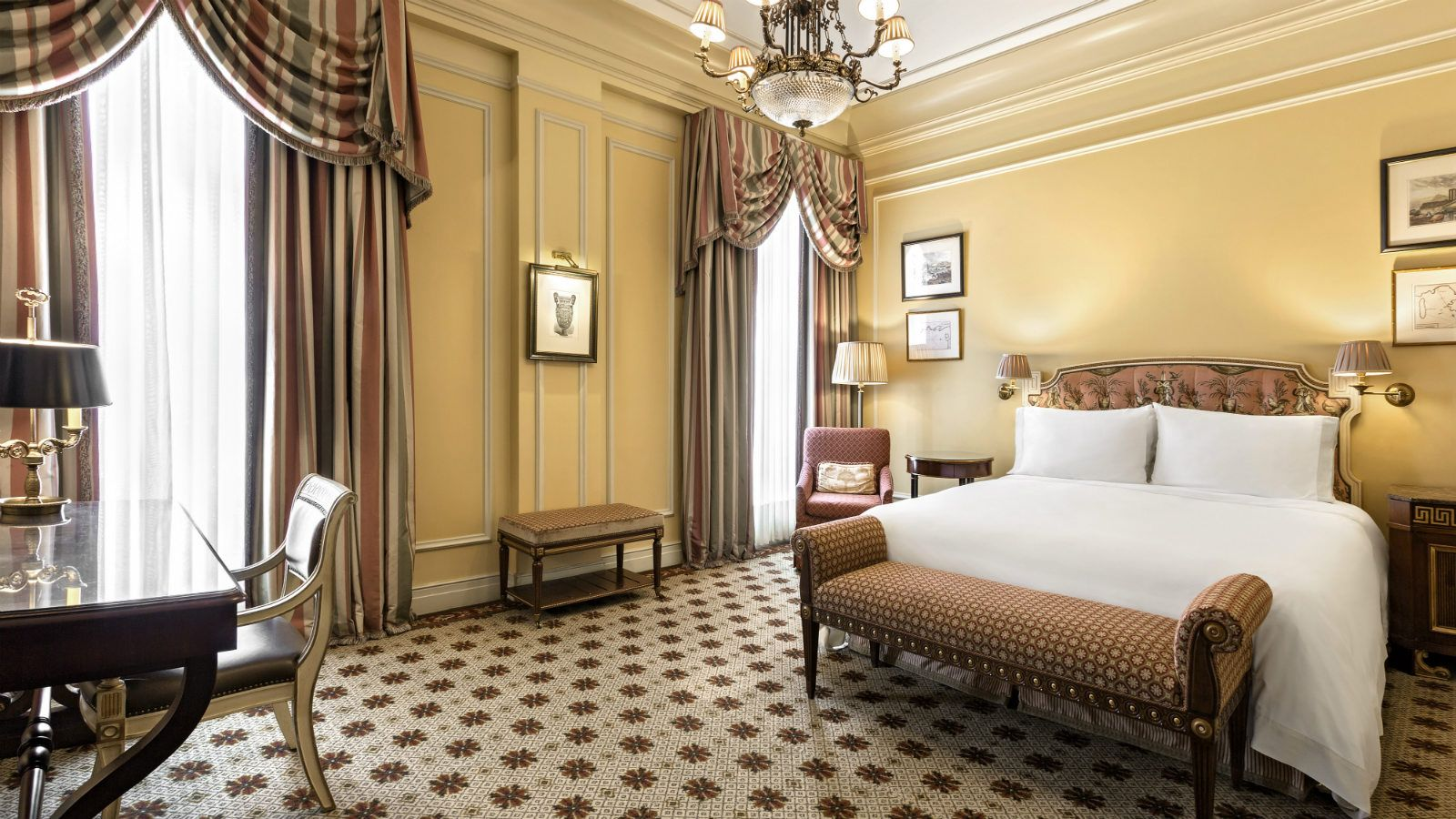 Hotel grande bretagne a luxury collection hotel athens for U design hotel